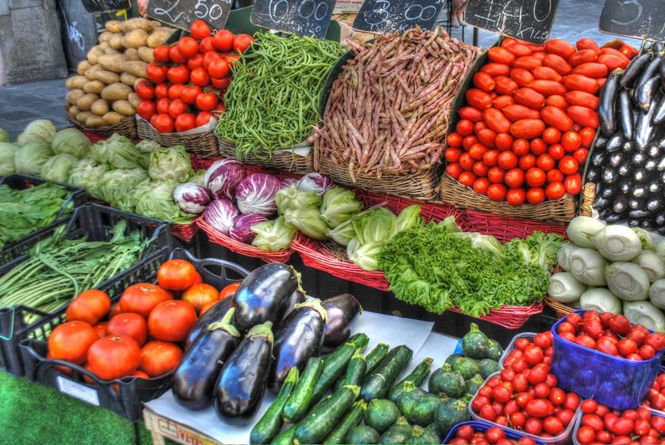 Veggie-Sommerküche: Lecker-leichte, vegane Sommer-Rezepte, die dir eine Portion Urlaub auf den Teller holen!